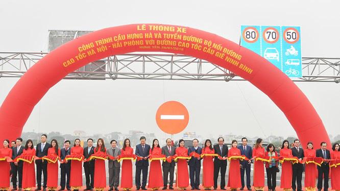 Thông xe đường nối cao tốc Cầu Giẽ - Ninh Bình và Hà Nội - Thái Bình