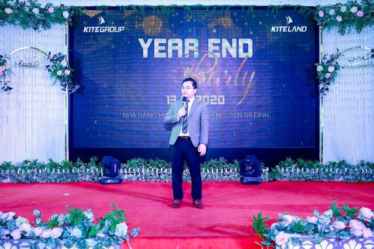 TGĐ. Đinh Việt phát biểu trước khi khai tiệc